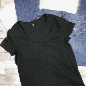 MADEWELL V-Neck T-Shirt Small Pocket Black Medium